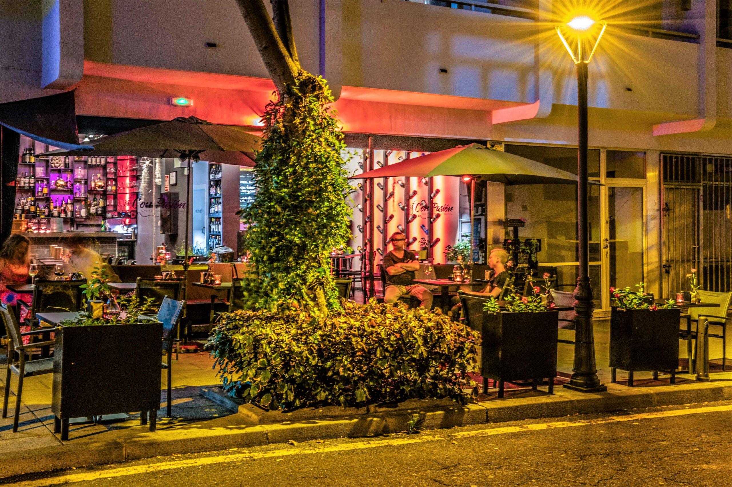 Restaurant (2)-min